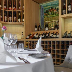 Mediterranevm Restaurant